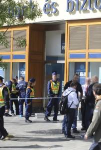 Kiraboltak egy bankot a budapesti Kálvin téren
